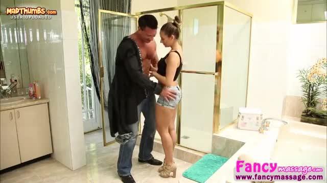 Lisa Ann ontdekt Spanje met Marco Banderas