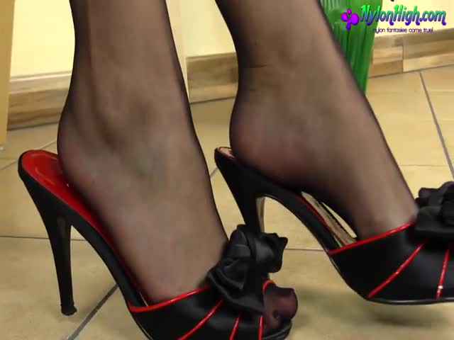Bellecita Black Nylon Footjob Xxxbunker Com Porn Tube