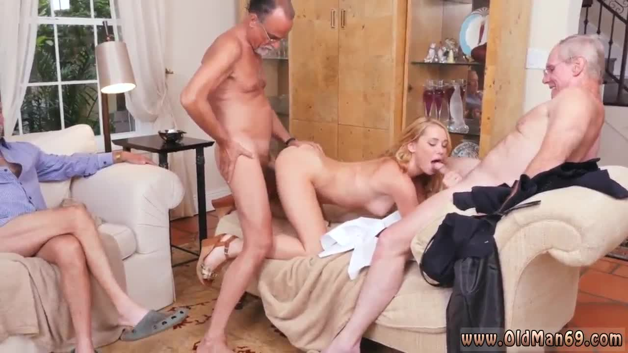 amateur daughters ugly best friend threesome xxxbunker