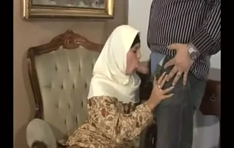 Arabic Muslim Girl Masturbating And Sucking Cock Xxxbunker Com