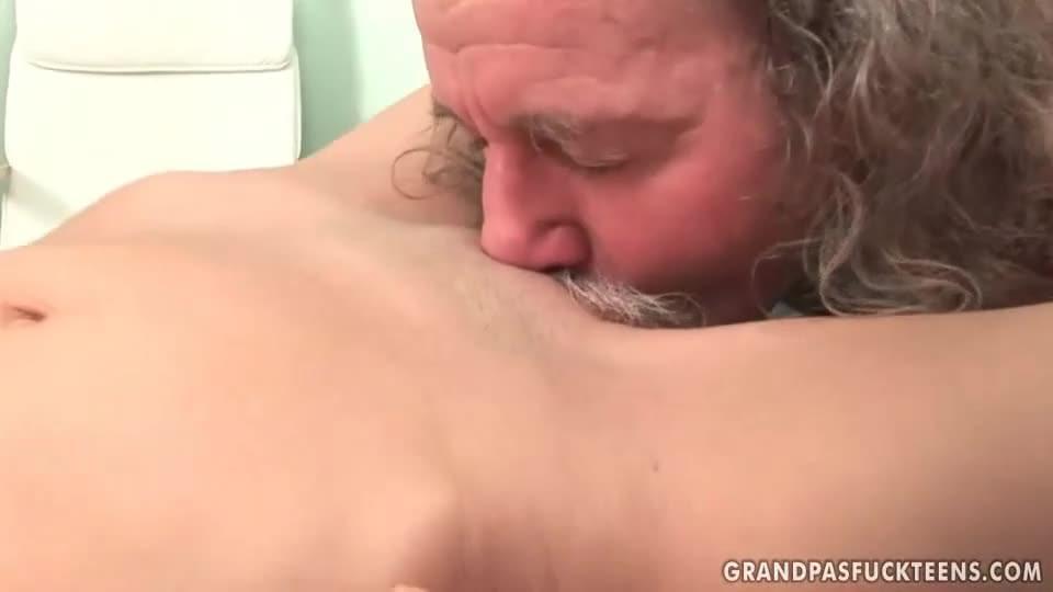 Lesbian Milf Sucks Teen Pussy