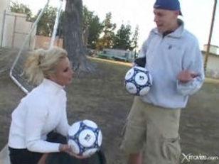 Slutty Soccer Mom Fucked In Minivan Xxxbunker Com Porn Tube