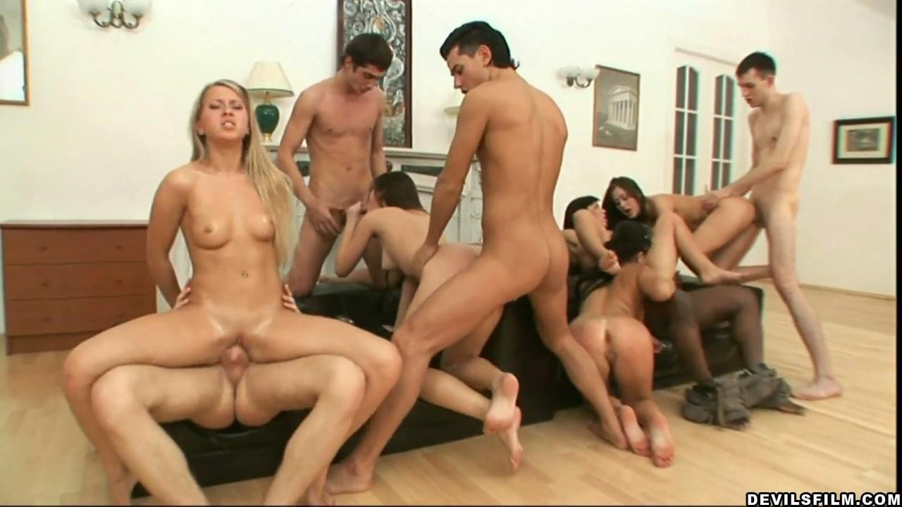 Assfucking Porn Tube stefania : crazy ass-fucking orgy with five chicks