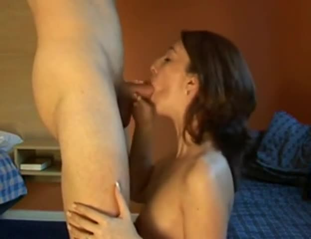 Cougar Gives Amazing Blowjob